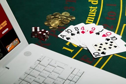 違法のネットカジノはどう見分ければいい?
